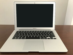 "MacBook Air 13"" 256GB Flash Storage & 8GB RAM (Early 2015)"