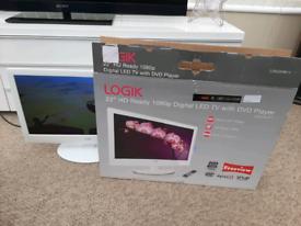 """Logik 22"""" HD FREEVIEW LED TV/DVD 12 VOLT TV"""