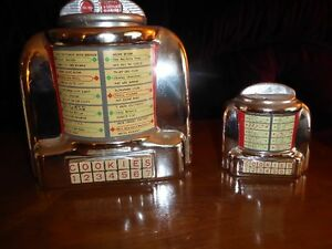 COOKIE JAR AND COIN BANK--JUKEBOX