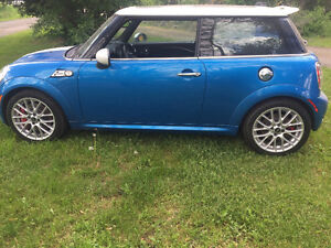 MINI John Cooper Works Coupe (2 door)