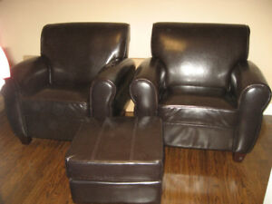 2 Leather Chairs & 2 Ottomans