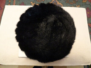 Women's Acrylic Fur Black Hat