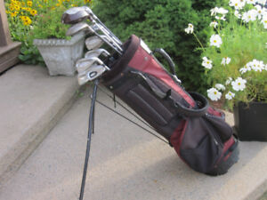 Men's Right Hand 12-pc Golf Clubs Set (Tommy Armour/Various)