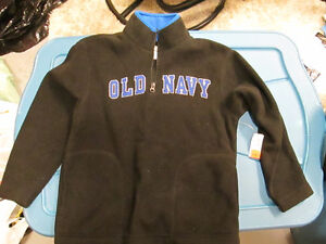 Boys Old Navy Sweater size 6/7 NWT