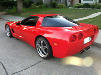 2001 Chevrolet Corvette Coupe (2 door)