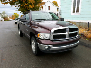 Dodge RAM 1500 2005 2X4 HEMI 4 portes 3500.00$ NEGOCIABLE