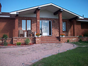 Nice brick house for sale in Englehart with double garage.