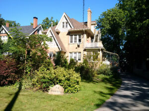 Triplex in the Heart of Lindsay