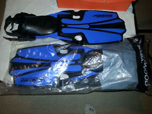 Brand New Sherwood Kinesis Professional Diving Fins