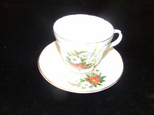 $10 for BEAUTIFUL COLLECTIBLE CHRISTMAS CUP AND SAUCER