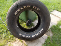 p275/60/15 inch white lettered tires / GOOD TREAD / GOOD DEAL