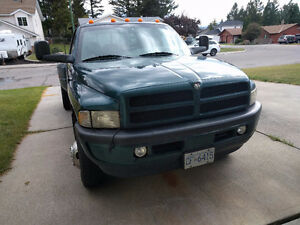 1998 Dodge Power Ram 3500 Sport Pickup Truck