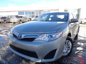2013 Toyota Camry LE auto CLEAN CARPROOF ONE OWNER 3M HOOD FILM