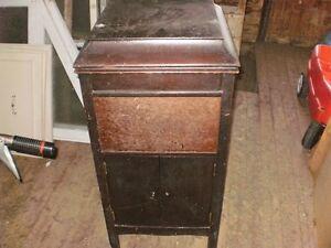 meuble de gramophone