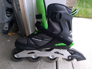 BRAND NEW MENS SIZE 11 ROLLERBLADES