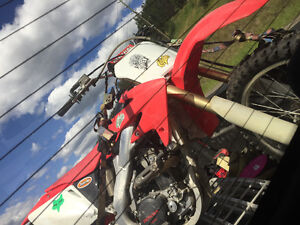 2008 crf 250r 1800$ in  receipts please contact