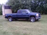 2002 GMC Sierra 2500 Pickup Truck HD