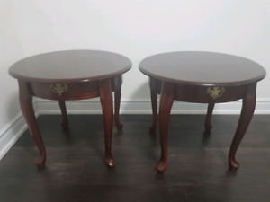 Pair of solid wood side tables / nightstands