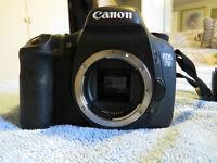 Camera Reflex Canon 7D EOS avec 18-135mm