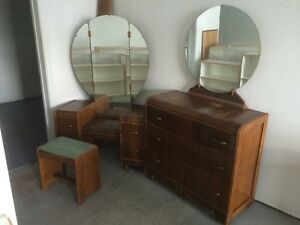 Set chambre antique