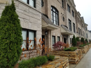 South etobicoke house for sale in toronto gta kijiji new luxury townhomes at lake shore in etobicoke solutioingenieria Image collections