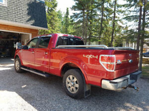 2012 Ford F 150  Lariat 4x4  MINT