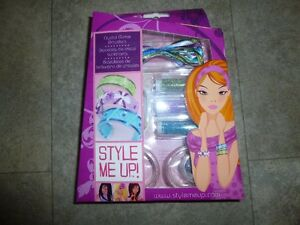 Crystal glitter bracelet kit - new unused, fun activity for kids