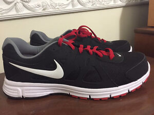 2 Never used Nike Running Shoes