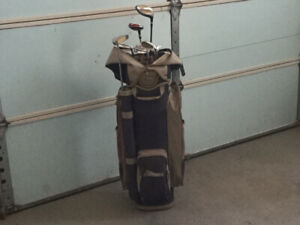Woman's Golf Bag and Clubs