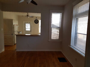 2 BEDROOM APARTMENT AVAILABLE FEB 1ST Peterborough Peterborough Area image 3