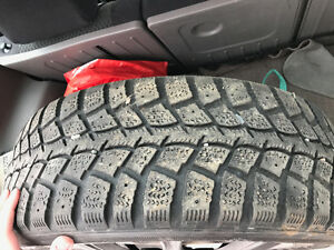"15"" Kumho winter tires with steel rims"