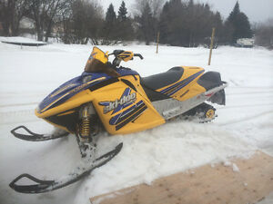 2004 Ski-doo Rev 800 low miles
