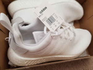 Adidas NMD_R2 triple white - size 10
