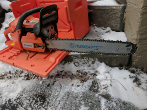 Husqvarna 455 Rancher Chainsaw. Barely used! Like new