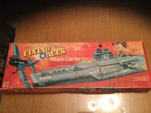 Vintage 1975 mattel flying aces attack carrier très très rare