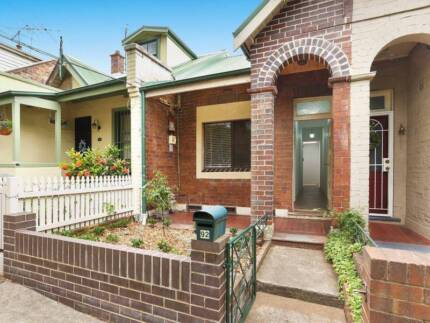 Flatmate wanted: Enmore: $320 p/wk