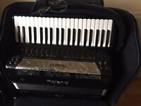 Accordion roland fr-8x