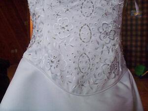 Robe de mariée et de demoiselle d'honneur