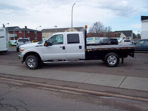 2013 Ford F-350 XLT Crew Cab 8'10 Ft. Flat Bed  4X4  St # 952