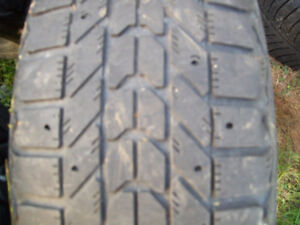 185/60/r15  84s snow tires (FOR SALE)