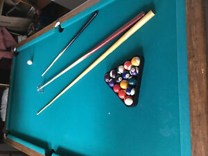 4X8 pool table if the ad is here so is the table