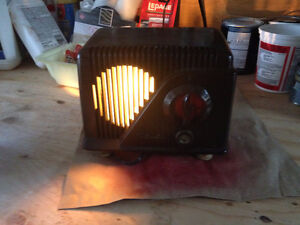 repurposed antique radio night lamp