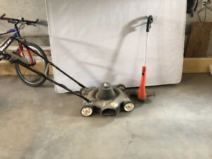 Electric lawnmower and trimmer