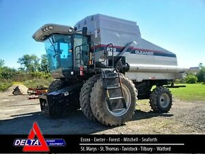 2002 AGCO Gleaner R72 Combine with 2 Heads