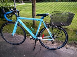 14 speed road bike with high end fast shifting brake combo lever