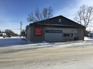 Commercial Real Estate in Manitou (MB): Former Grocery Store