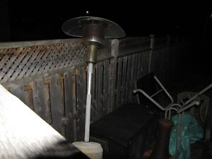 pATIO HEATER IN GOOD CONDITION.