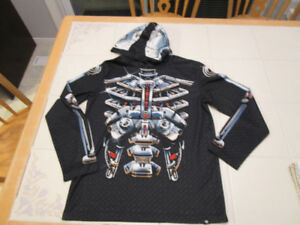 Boys long sleeve hooded robo/skeleton shirt in size L (12)