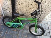 """Trax Childs bike with 14"""" wheels works well £12"""