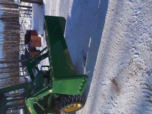 gratte reversible pour tracteur john-deere et prise fourche